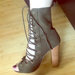 Lace Up Olive Green Heel